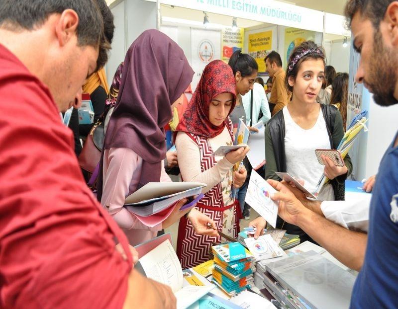 Karacadağ Development Agency Got Great Deal Of Attention By Teens İn Diyarbakır Entrepreneurial Fair